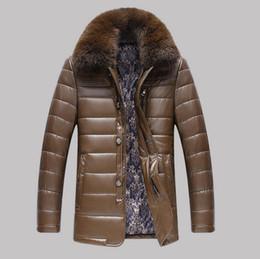 Al por mayor-Alta calidad real de cuello de piel chaqueta de cuero de los hombres Invierno gruesa chaqueta de cuero de mediana edad abrigos de Windbreak jaqueta de couro desde fabricantes
