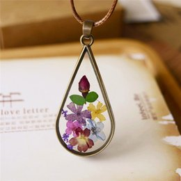 Wholesale vintage dried flowers - Vintage Handmade Natural Dried Flowers Long Necklace Bronze Plated Pendant Women Girl Romantic Fine Jewelry B125