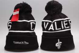 Wholesale Hot Springs Resorts - Cleveland Beanies Fashion Discount James Skull Caps High Quality Hat Cotton Winter Caps Sports Basketball Teams Hottest Hat