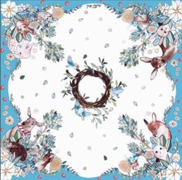 Bufandas azules de conejo online-Tendencia de las mujeres ciervos puros bosque de conejos Tailandia exótico 90X90cm bufandas azul de seda de imitación de impresión caramelo cuadrado sjaal Mantón para damas