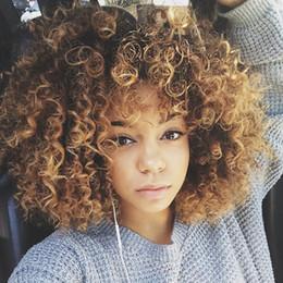mistura de cor de cabelo castanho preto Desconto Fibra De alta Temperatura Misturado Marrom e Loiro Cor Sintética Cabelo Curto Afro Kinky Curly Perucas para As Mulheres Negras