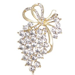wedding bridal scarf Promo Codes - 2018 New Grapes Brooches Gold Color Crystal Brooch Rhinestone For Wedding Bridal Dresses Hijab Clip Scarf Buckle Pins