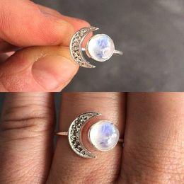 Diamante di pietra lunare online-Squisito anello d'argento bella White Moonstone Sun and Moon Diamond Jewelry Compleanno regalo di Natale Princess Love Band Anelli AB1143
