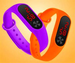 Argentina Reloj de pulsera LED de segunda mano de gel de sílice con anillo de mano Adecuado para personas de todas las edades Reloj con pulsera Led de 10 colores Suministro