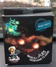 2019 проблесковый маячок для сотового телефона Новое прибытие мини палец магия пчела волшебным образом летит флэш - магические огни для ярких bugz сотовый телефон палец игрушка волшебные огни скидка проблесковый маячок для сотового телефона