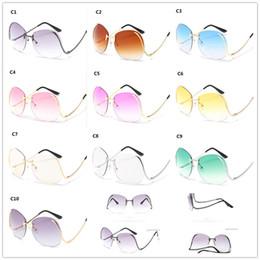 2019 diamante sem aro 10 cores Mulheres Big Optics Óculos Lente De Corte De Diamante Moda Elegante Oversized Rimless Gradiente Óculos De Sol R125 diamante sem aro barato