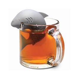 2018 infusor de té forma de tiburón americano filtros de silicona colador de té infusor filtro bolsas de té vacías accesorios difusor de la hoja desde fabricantes