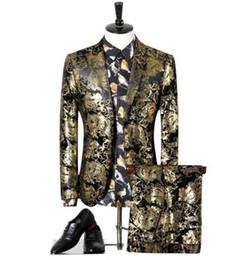 Jaqueta de smoking de ouro para homens on-line-Nova Moda Black Gold Tuxedo Casaco Jaqueta Terno Dos Homens Em Estoque Terno De Casamento Para Homens Top Quality Smoking Ternos de Baile