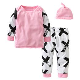 estilo de bebé recién nacido moda Rebajas 2018 Estilo navideño Ropa para bebés recién nacidos Ropa de manga larga Moda XX Patchwork de impresión Camiseta + Pantalones + Sombrero Conjunto de ropa infantil