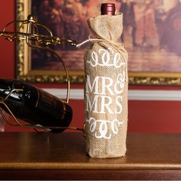 i sacchetti di regalo di iuta Sconti Sig.ra Jute Burlap Wine Bottle Cover Gift Bag Decorazione di festa di Natale di nozze