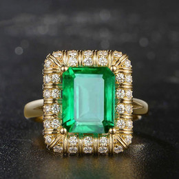 2018 nouvelles bagues de fiançailles d'émeraude européenne et américaine classique pour femmes, bague de fiançailles à la mode, bijoux, monopole ? partir de fabricateur