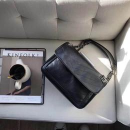 2019 bolsas de couro verdadeiras para mulheres Navio livre Nova chegada estilo mulheres moda bolsa real cowleather alta qualidade sacos de ombro bolsa de moda 25 cm sacos de ombro de couro de vaca desconto bolsas de couro verdadeiras para mulheres