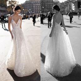 Wholesale plus size halter wedding - 2018 Sexy Backless Wedding Dresses A Line Halter Neck Lace Appliques Sequins Bridal Gowns Plus Size Wedding Dress