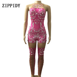 Argentina Sparkly Pink Crystals Jumpsuit Mujeres Cumpleaños Celebrar Traje de traje Cantante Femenino Bling Body Performance Dance Wear cheap dance outfits for women Suministro