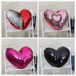 Cojines en forma de corazón almohada online-Heart Shape Sequin Pllow Case Mermaid Throw Pillow sin inserto Decorative Cojín Two-color 35 * 40cm Reversible lentejuelas Pillow Cover