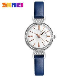 Wholesale Watch Genuine - Three to 2018 new female wastch qsuartz watchs fashion temperament student gifts genuine leatherstrap watch a replacement.