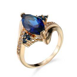 Safira azul ouro amarelo on-line-New Marquis Azul Safira Cubic Zirconia Amarelo Banhado A Ouro Anéis Tamanho 6/7/8/9/10 Presente de Casamento Das Mulheres dos homens