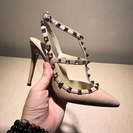 Wholesale black platform slingback - Cheap famous brands women high heels dress shoes party fashion rivets girls sexy pointed toe shoes buckle platform pumps wedding shoes