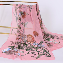 Foulards imprimés en soie chinoise femmes en Ligne-Écharpe en soie de cadeau de style chinois en mousseline de soie imprimée mode écharpe d'accessoires foulard chaud qualité sauvage vente femmes