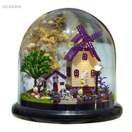 Pequenos brinquedos de fazenda on-line-Diy provence fazenda bola de vidro pequeno artesanal de madeira artesanal casa de bonecas casa kits casa de montagem em miniatura crianças adultos brinquedo