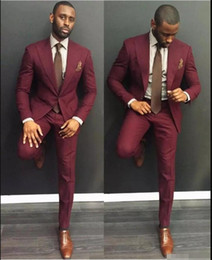 burgundy slim suit Coupons - Classy Burgundy Wedding Mens Suits Slim Fit Bridegroom Tuxedos For Men Two Pieces Groomsmen Suit Cheap Formal Business Jackets With Tie