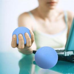 силиконовый ударный шар Скидка Силиконовый Массаж Терапия Сцепление Мяч Для Рук Палец Сила Упражнения Снятия Стресса