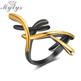 Anelli pistole online-Intera venditaMytys Black Gun Oro giallo Colore GP Geometric Cross Ring New Fashionable Lady Jewelry Anello moderno Accessorio Party R1915