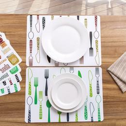 Charmant Coussin De Table Placemat Tapis De Table De Salle à Manger Coussinets De  Protection Coasters Coussinets Imperméables Antidérapants Plaques De Table  à Manger ...