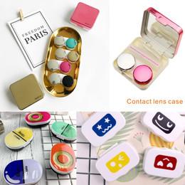 schöne augen make-up Rabatt Mini Fashion Verschiedene Stile Aufbewahrungsbox für Kontaktlinsen Schöne Aufbewahrungsbox für Augenmake-up-Pflege Ausgestatteter Spiegel und Zubehör Leicht zu tragen.