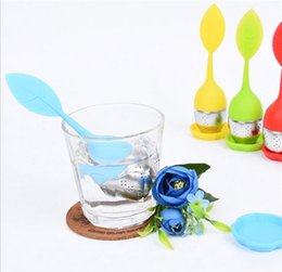 Wholesale Tea Trays Wholesale - Single Leaf Shaped Tea Strainer Cartoon Food Grade Silicone Tea Infuser With Stainless Steel Tray 5 Colors