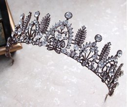 Wholesale Crowns Pageants Beauty - European bride luxury wedding crown black headdress Korean new diamond pearl hair hoop hair ornaments beauty pageant