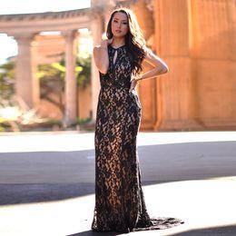 b8cb8c825943 Vestido Negro De Encaje Negro Desnudo Celebridades Online | Vestido ...