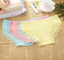 Wholesale Comfortable Ladies Underwear - 9 Colors modal lace ladies panties Bow middle waist comfortable breathable cute girls briefs sexy women's underwear