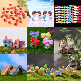 Decorazioni per insetti da giardino online-Micro Paesaggio Decorazioni da Giardino Mini House Cottage Ape Insetti Fungo Coniglio Piante In Vaso Artigianale In Miniatura Fata Giocattoli Da Giardino WX9-588