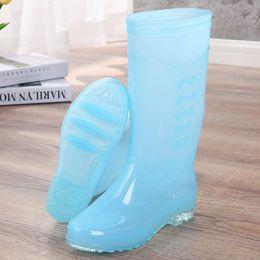 Grande boîte femelle en Ligne-Adulte chaussure de pluie femme printemps et automne grande taille ajouter botte de pluie en laine dans la grande boîte mère chaussure en caoutchouc couleur bonbon couleur long tube chaussure d'eau