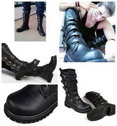 Wholesale Men Punk Boots Buckle - Martin Motorcycle Boots Men Black Retro Combat Boots Belt Buckle Punk Leather Military Boots
