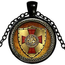 Wholesale knights pendant - alloy punk men Assassin Creed Templar Order Necklace Knights Templar Necklace Knights Templars logo Shield red cross Pendant Necklace x545