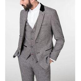images costumes de queue Promotion Gris Hiver Tweed Hommes Costume 2018 Tailed Made Costume De Marié Tuxedo Trois Pièce Costume Veste Pantalon Gilet Formel Style Blazer
