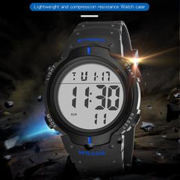 79297b416cdd SYNOKE Mens Impermeable Reloj de Estudiante Explosión Moda Multifuncional  Luminoso Deportes Al Aire Libre Reloj Electrónico 9668