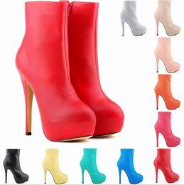 матовый цвет уличная обувь Белая обувь имитационная кожа супер высокий каблук для похудения круглая голова короткая трубка женские сапоги A125 cheap white simulation shoes от Поставщики белая симуляторная обувь