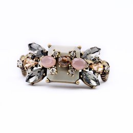 Wholesale Déclaration Accessoires Indien Bijoux Strass fleurs Bracelet Pour Femmes Pulseira Feminina Bracelets nouveau style bracelet dame bracelets cc