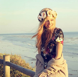 Fasce di gomma piuma online-Donne Bezel Fiori sulla testa Ragazze Corona di fiori Corona Accessori per capelli da sposa Doppio Schiuma Rosa Fascia floreale
