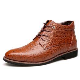 2018 Business Casual Schnee Stiefel Aus Echtem Leder Männer Schuhe Mode Männlichen  Schuhe Winter Stiefeletten Männlichen Stiefel Winter Männer Schuhe 67685b90d0