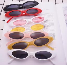 2019 gafas de sol de ojo de gato pequeño Oval Narrow Cat Eye Sunglasses Pequeño tamaño enmarcado gotitas de agua Jelly Trend Gafas de sol Vintage sports Sunglasses al aire libre venta barata rebajas gafas de sol de ojo de gato pequeño