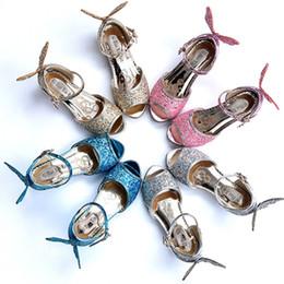 2019 enfants chaussures à talons hauts 2018 Summer Butterfly Princess Chaussures Enfants filles chaussures à talons hauts Bateau libre A-558 enfants chaussures à talons hauts pas cher