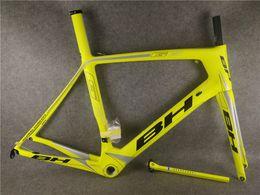 T800 UD / 3 K Yol bisiklet BB30 ile BB G6 karbon yol çerçeve / BB68 Boyutu XS / S / M / L ücretsiz kargo