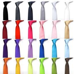 2019 caixas de gravata por atacado Marca de Moda Designer de Estilo 30 Gravatas De Seda para Homens Sólidos Celebridade Pajaritas Gravata Fino Mens Pescoço Gravata Skinny