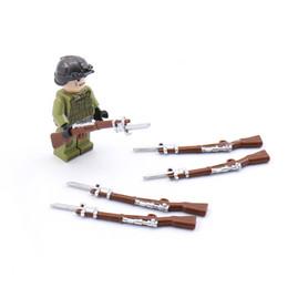 MOC WW2 Military Army Weapon Building Blocks Soldier Parts Buildling Block Figures Accesorios Pistolas Modelo Block Juguetes para niños desde fabricantes