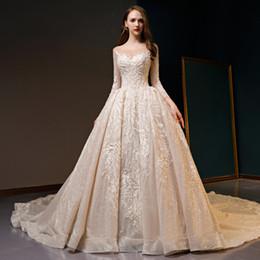 Canada Paillettes paillettes de perles magnifiques paillettes à manches longues embellissement lacer des robes de mariée de luxe avec la cathédrale Offre
