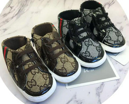 Zapatos de alas para niños online-Bebé recién nacido Primeros andadores Calzado Infant Toddler Pony Wing Toddler Boots Boy Girl Shoes Prewalkers